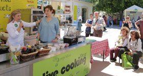 Πλήθος κόσμου στις παράλληλες εκδηλώσεις & τα live cooking shows